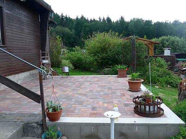 Fertig: Terrasse selber bauen nachher Bild