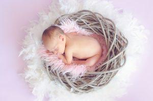 Baby guter Schlaf im sicheren Beistellbett: Erfahrungen und Informationen zu Beistellbetten
